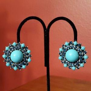 Vintage Trifari Turquoise clip on earrings
